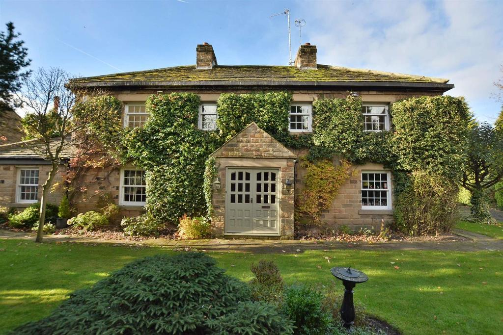 5 Bedrooms Detached House for sale in The Coach House, Harewood