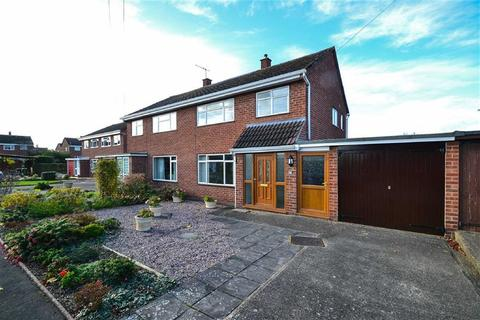 3 bedroom semi-detached house to rent - Bewdley Avenue, Telford Estate, Shrewsbury