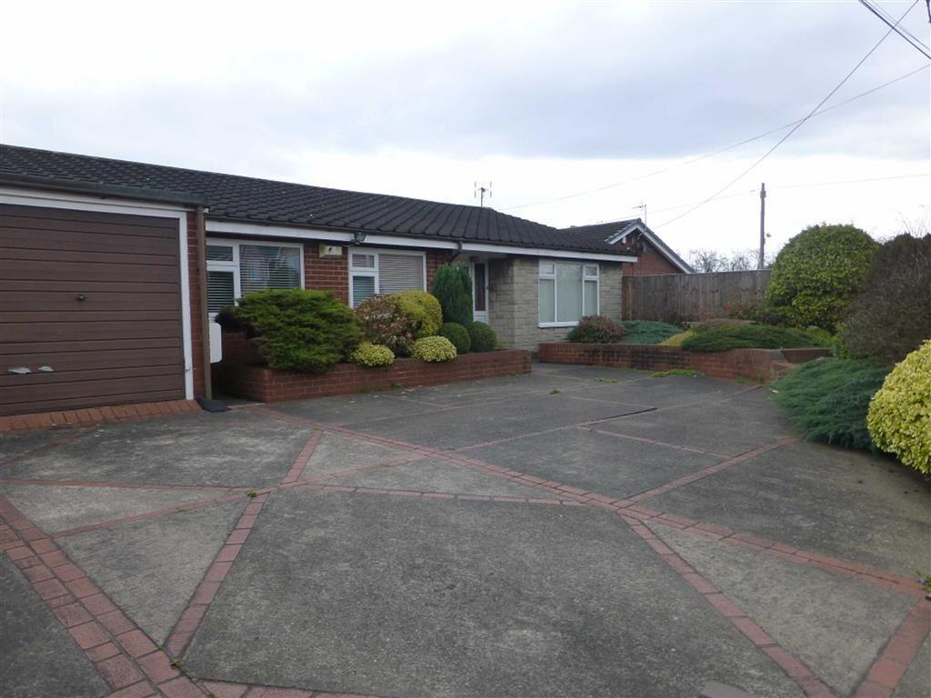 3 Bedrooms Detached Bungalow for sale in Rhosrobin Road, Rhosrobin Wrexham, Wrexham