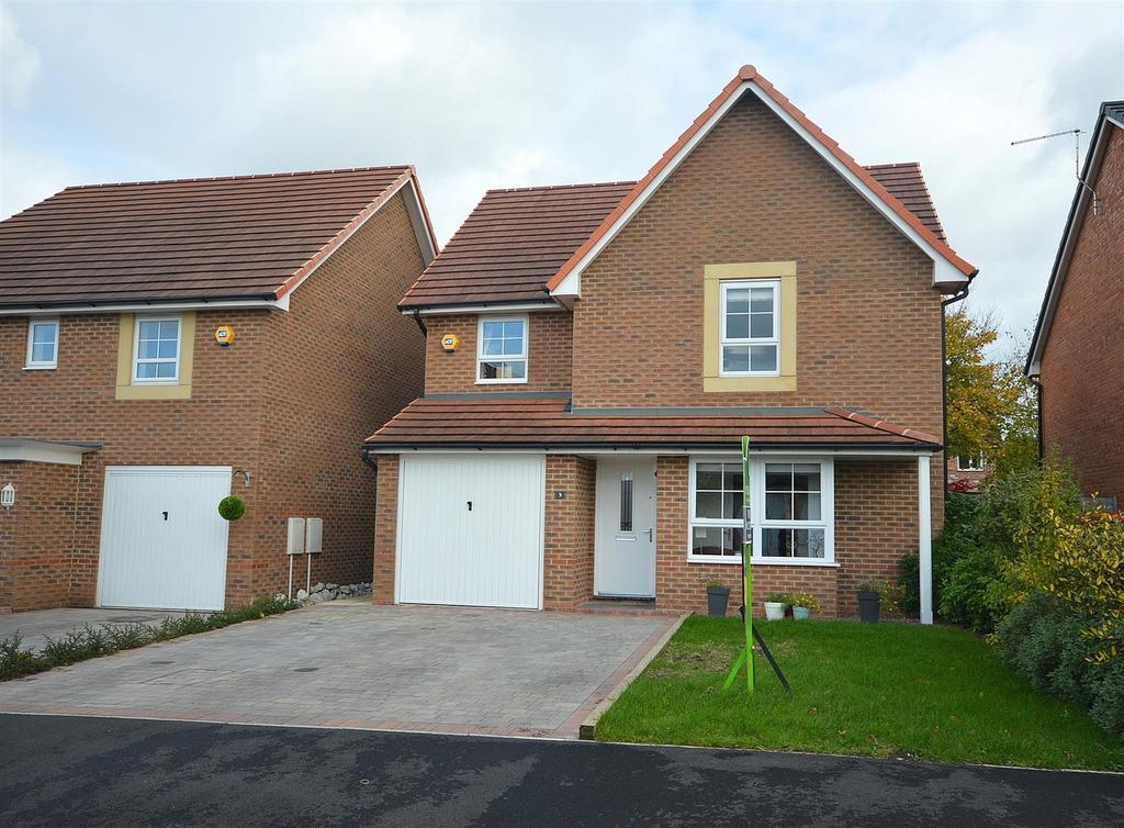 4 Bedrooms Detached House for sale in Patrons Drive, Elworth