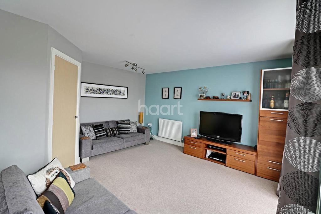 4 Bedrooms Semi Detached House for sale in Austin Way, Bracknell