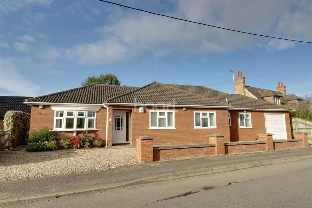 3 Bedrooms Bungalow for sale in Wimblington