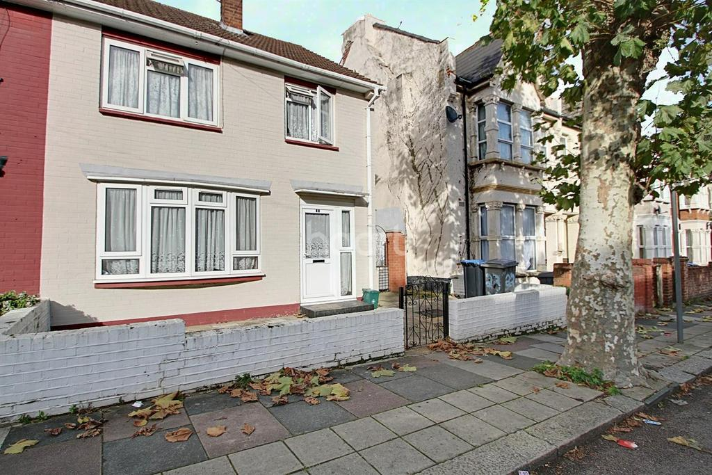 3 Bedrooms Semi Detached House for sale in Inman Road, NW10