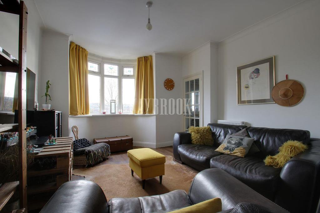 3 Bedrooms Semi Detached House for sale in Gleadless Road, Heeley,Sheffield