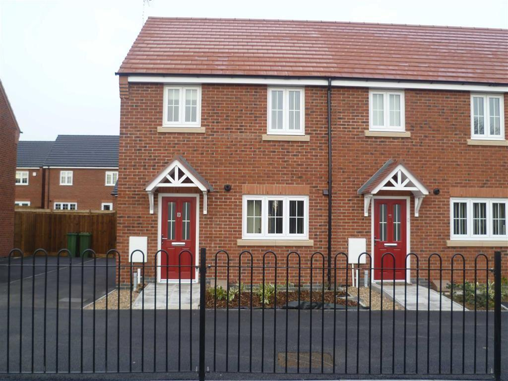 3 Bedrooms Town House for sale in Barr Close, Enderby
