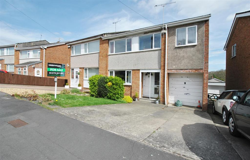 4 Bedrooms Semi Detached House for sale in Honeymead, Whitchurch
