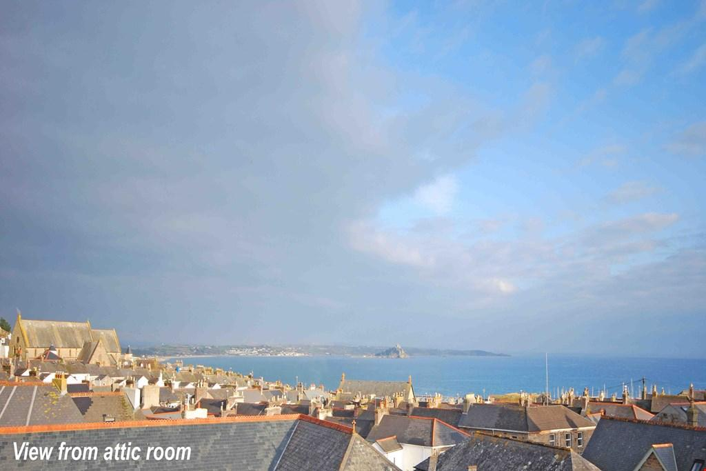 1 Bedroom Town House for sale in Penzance, West Cornwall, TR18