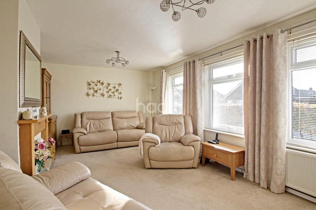 4 Bedrooms Bungalow for sale in Great Stukeley