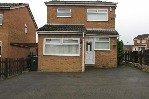 3 bedroom detached house to rent - Duich Road, Buttershaw, BRADFORD, West Yorkshire