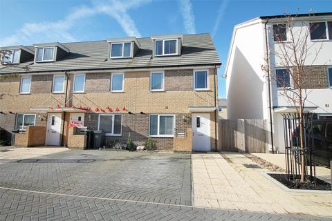 3 bedroom end of terrace house for sale - Solebay Way, Gosport, Hampshire
