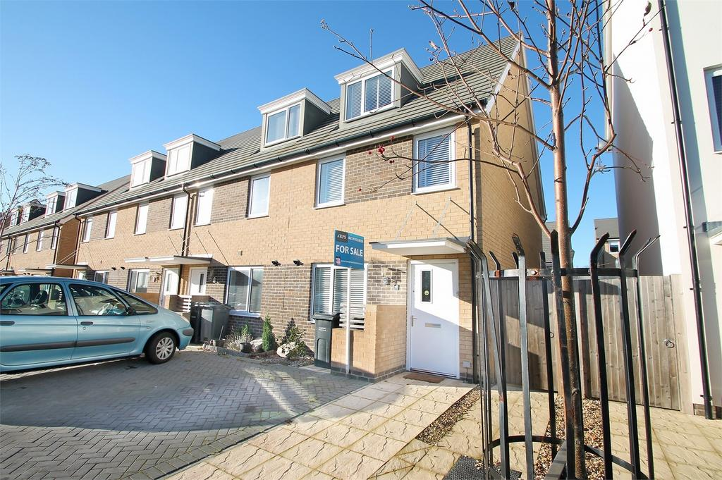 3 Bedrooms End Of Terrace House for sale in Solebay Way, Gosport, Hampshire