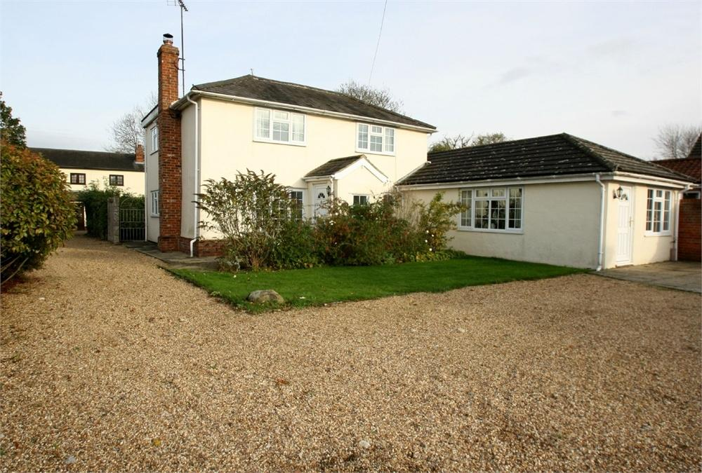4 Bedrooms Detached House for sale in The Green, Wickham St Paul's, HALSTEAD, Essex