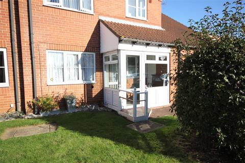 2 bedroom flat for sale - Bishops Court, Sleaford, NG34