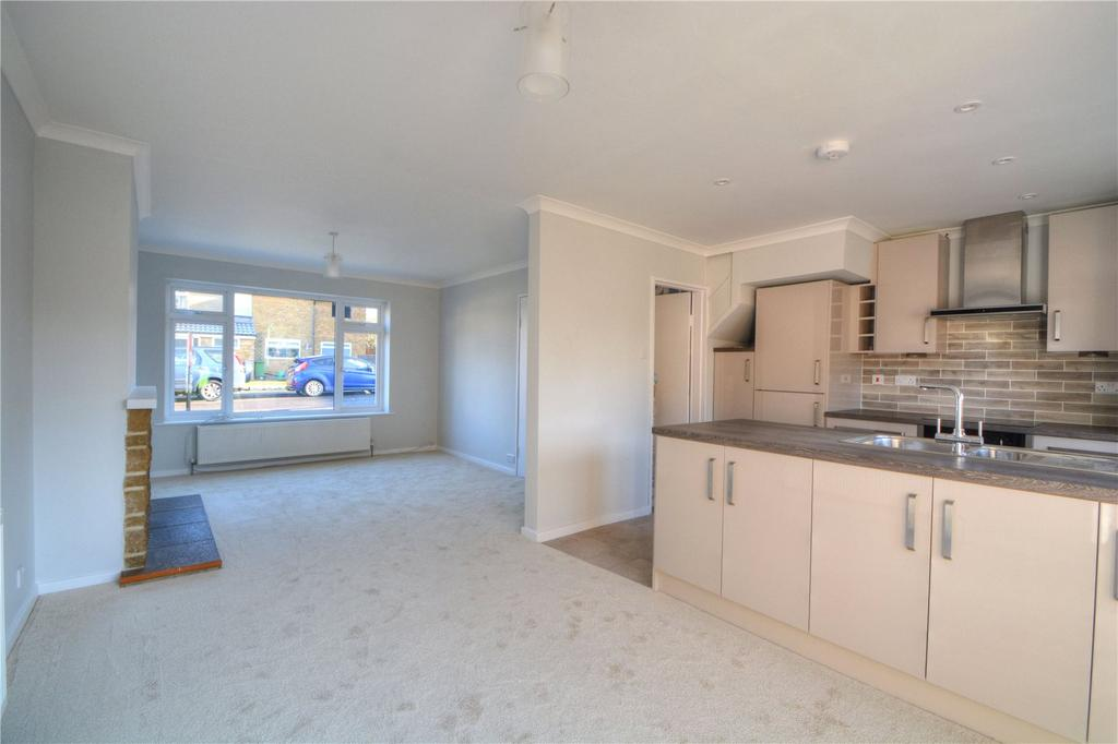 3 Bedrooms Terraced House for sale in Hazelbank Close, Liphook, Hampshire