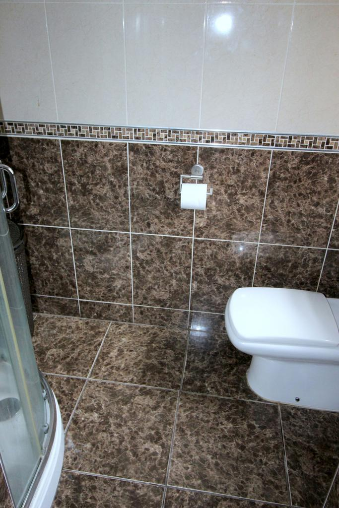 Fully tiled Shower Room