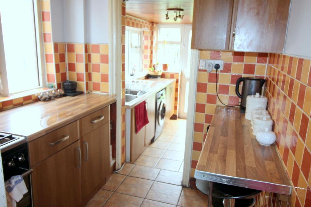 Split level kitchen