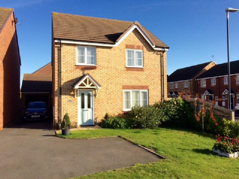 4 Bedrooms Detached House for sale in Bermuda Road, Nuneaton, Warwickshire. CV10 7HU