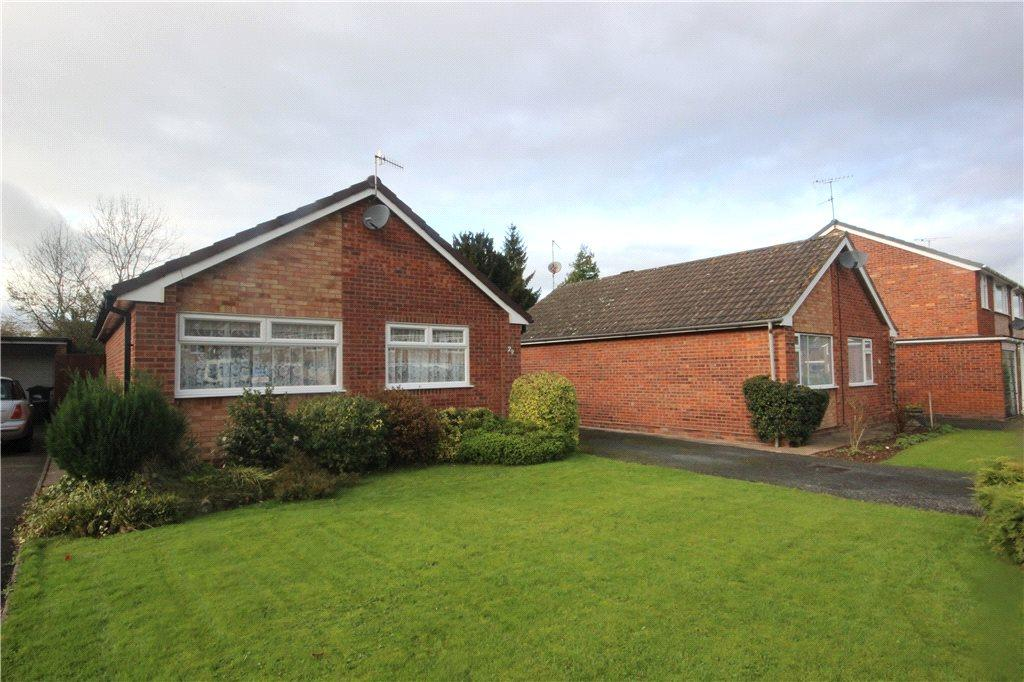 2 Bedrooms Detached Bungalow for sale in Greenhill Close, Tenbury Wells, Worcestershire, WR15