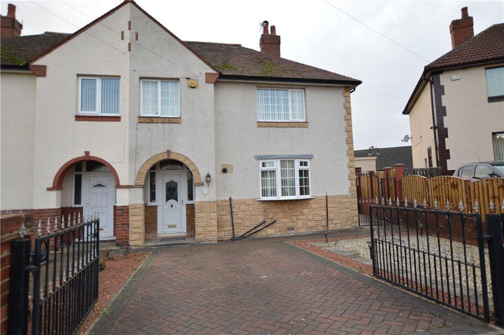 2 Bedrooms Semi Detached House for sale in Albert Road, Oulton, Leeds, West Yorkshire