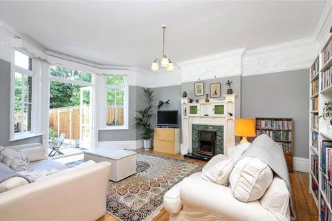 6 bedroom semi-detached house to rent - St. Mildreds Road, London, SE12