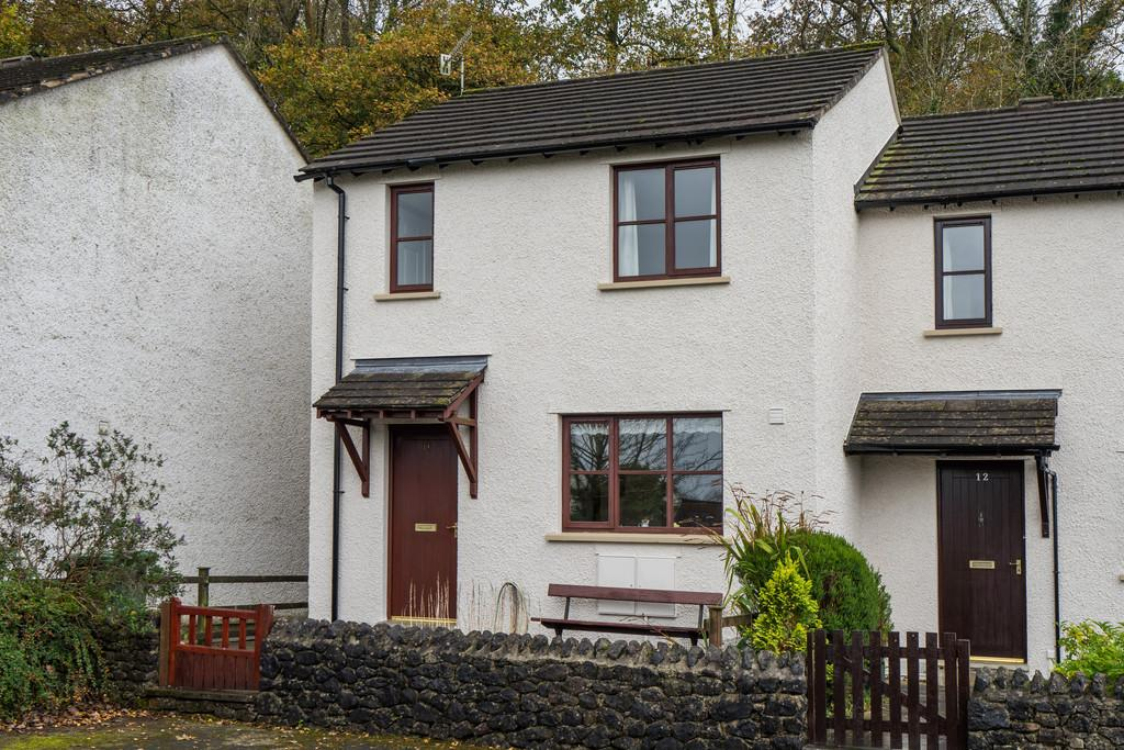 2 Bedrooms Semi Detached House for sale in 13 The Meadows, Arnside, Cumbria, LA5 0EY