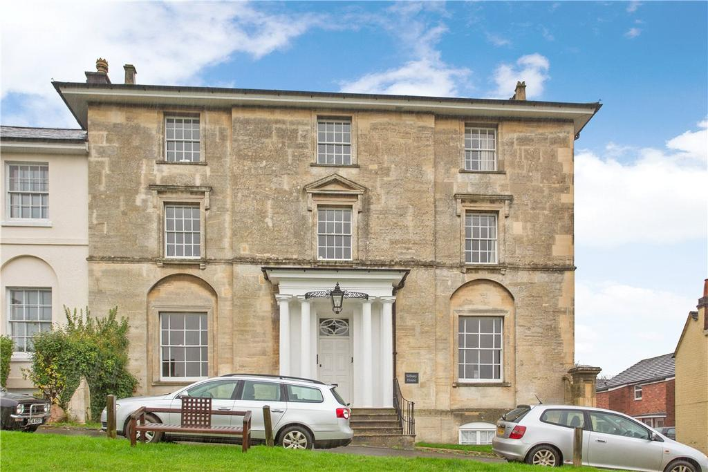 2 Bedrooms Apartment Flat for sale in Silbury House, 10 The Green, Marlborough, Wiltshire, SN8