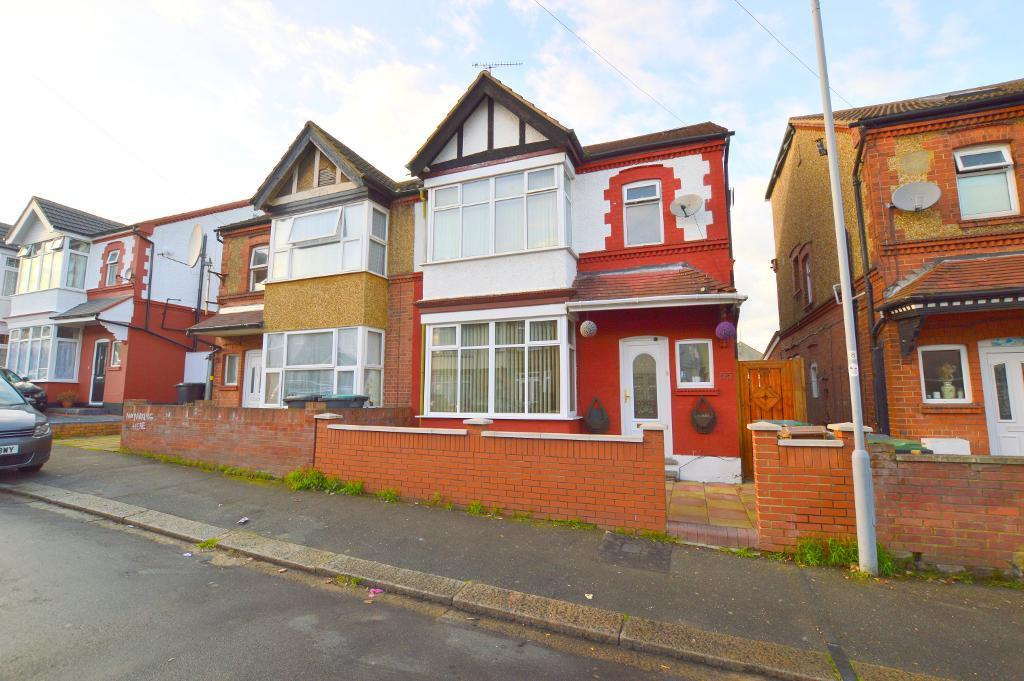 4 Bedrooms Semi Detached House for sale in Mansfield Road, Luton, LU4 8NB
