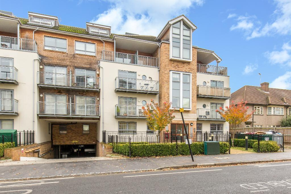 2 Bedrooms Flat for sale in 60 Sydenham Road, Croydon, Surrey, CR0 2FH