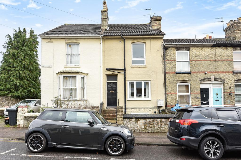 4 Bedrooms Terraced House for sale in Maidstone, Kent