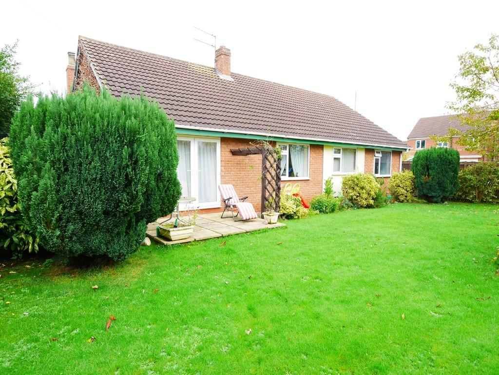 4 Bedrooms Detached Bungalow for sale in Station Road, Gilberdyke