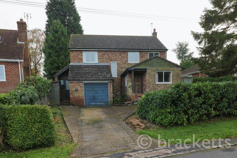 4 Bedrooms Detached House for sale in New Road, Rotherfield, Crowborough