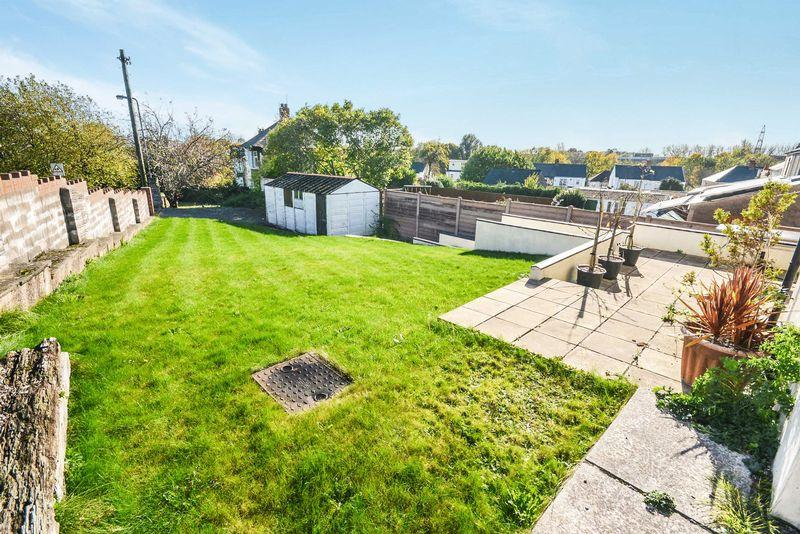 2 Bedrooms Bungalow for sale in Uplands Road, Rumney, Cardiff