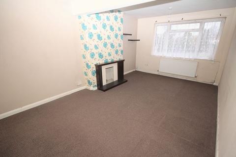 3 bedroom apartment to rent - Newport Road, Rumney