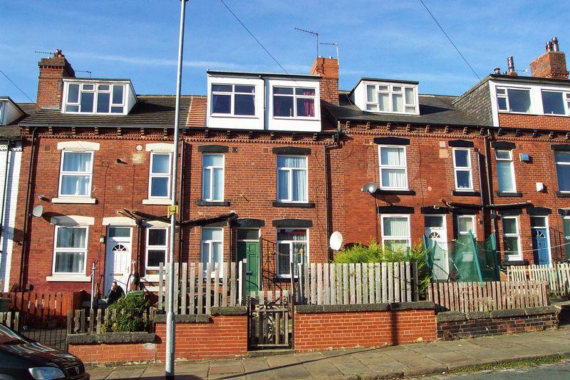2 Bedrooms Terraced House for sale in Haddon Road, Leeds