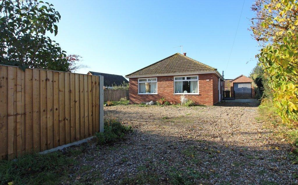 3 Bedrooms Detached Bungalow for sale in Mundesley Road, North Walsham