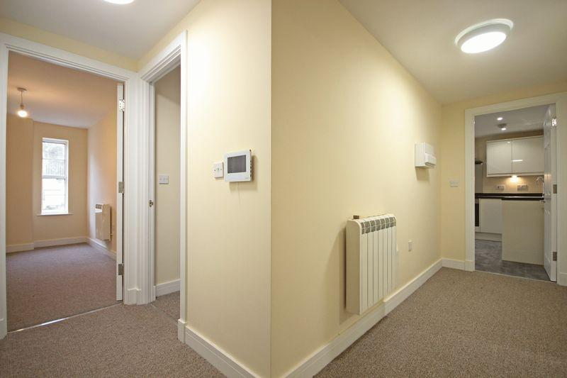 2 Bedrooms Apartment Flat for sale in Town Centre, Mill Street, Luton