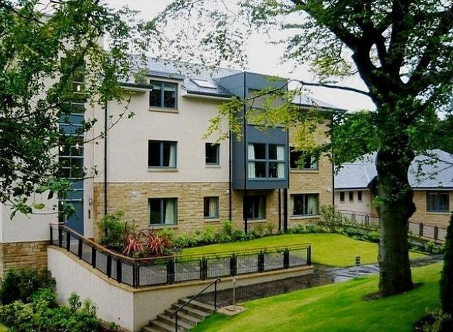 4 Bedrooms Flat for rent in South Oswald Road, Grange, Edinburgh, EH9 2HH