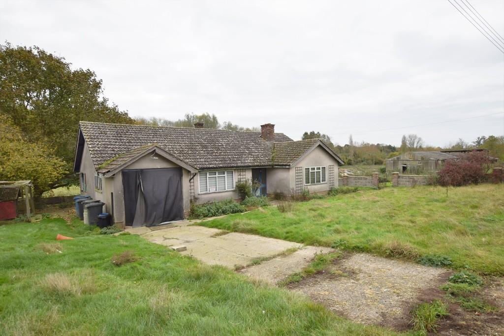 2 Bedrooms Detached Bungalow for sale in Butchers Lane, Boxford, Sudbury CO10 5EA