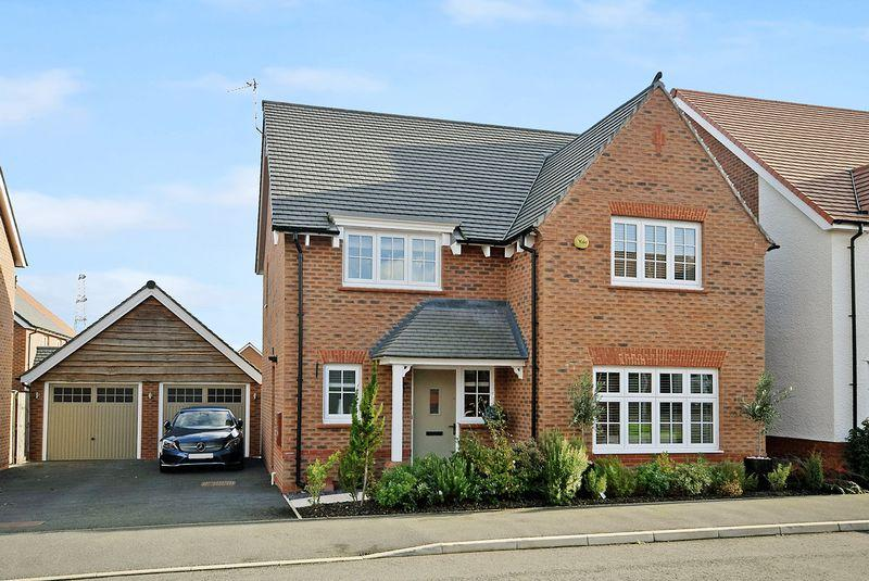 4 Bedrooms Detached House for sale in Dorothea Crescent, Widnes