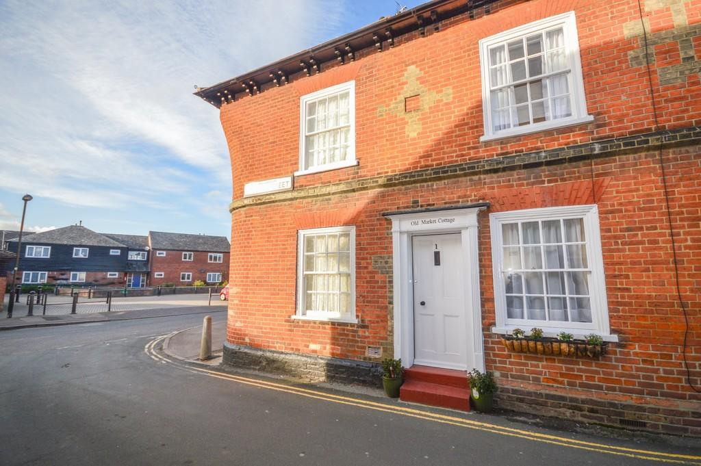 2 Bedrooms Terraced House for sale in Stour Street, Manningtree