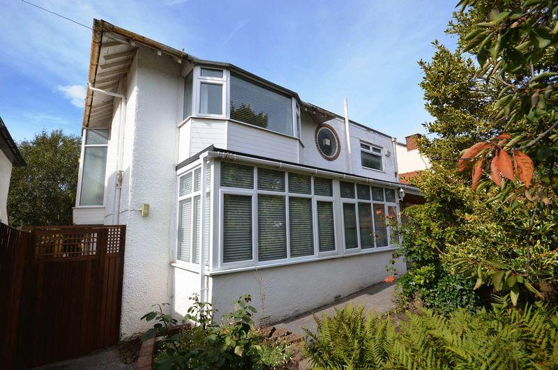 4 Bedrooms Detached House for sale in Midbrae, 23 Mount Road, Wirral