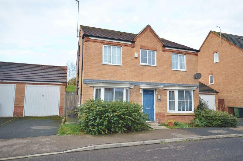 4 Bedrooms Detached House for sale in Jay Road, Oakley Vale, Corby