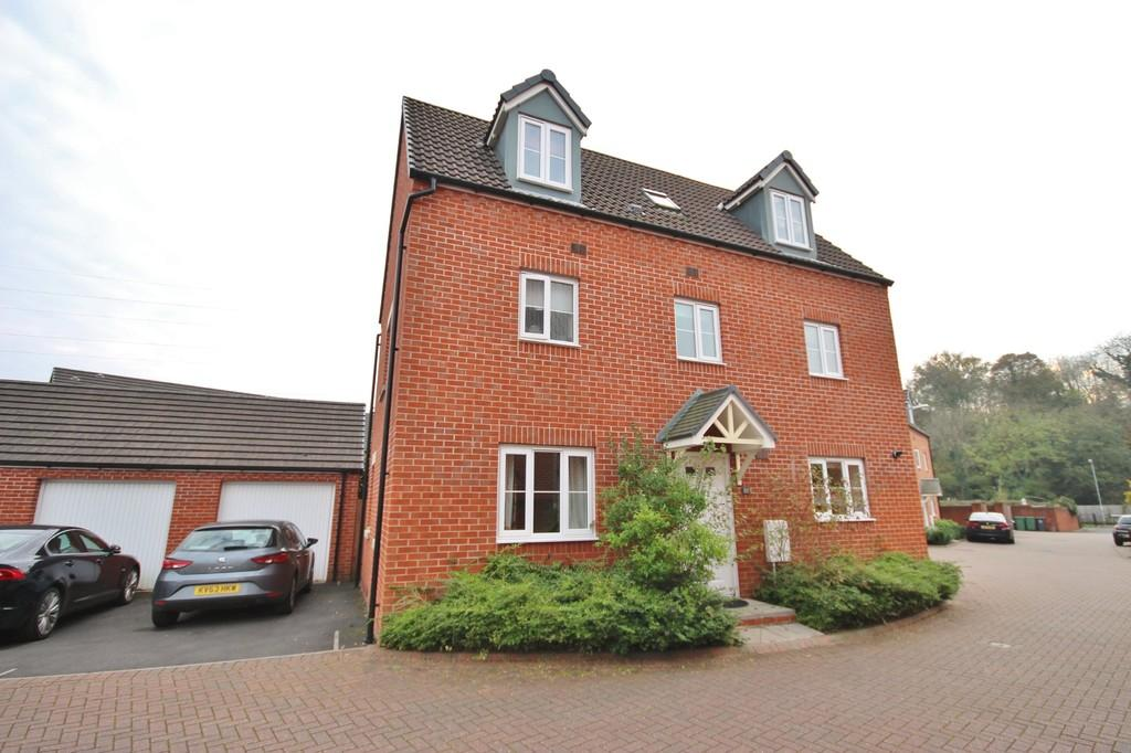 5 Bedrooms Town House for sale in Arudur Hen, Radyr, Cardiff