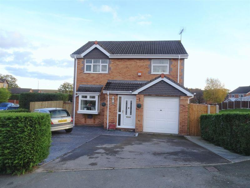 3 Bedrooms Detached House for sale in Kempton Way, Wrexham