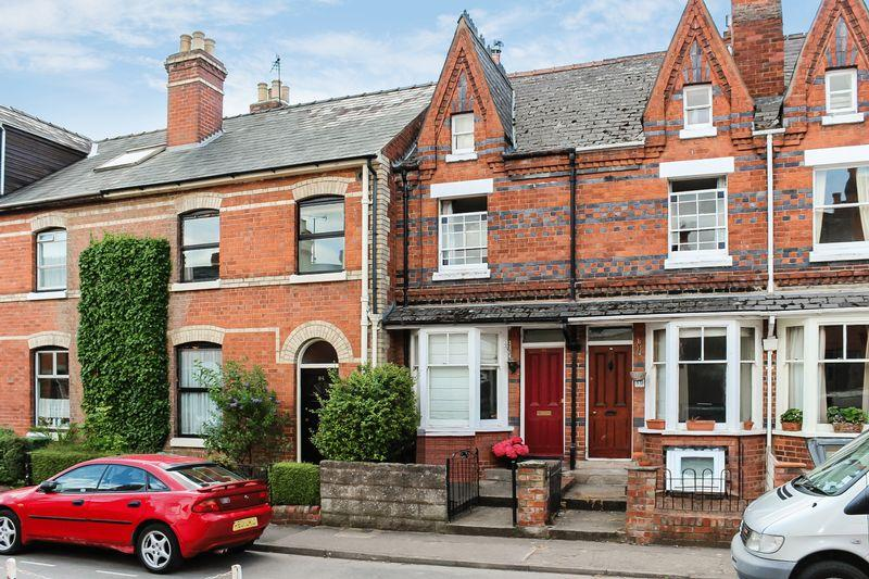 3 Bedrooms Terraced House for sale in ST JAMES'