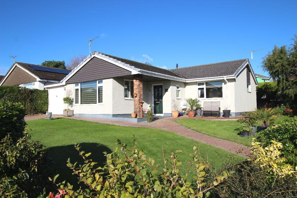 3 Bedrooms Bungalow for sale in Buckfastleigh