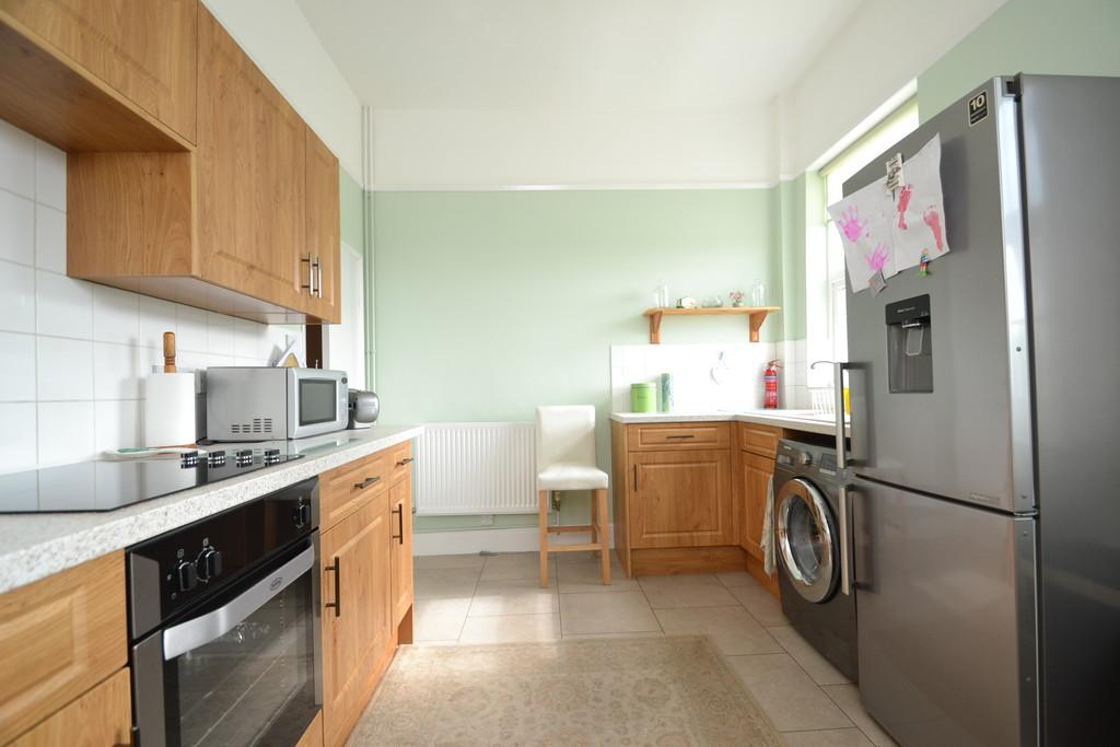 2 Bedrooms Apartment Flat for sale in High Street, Ryde