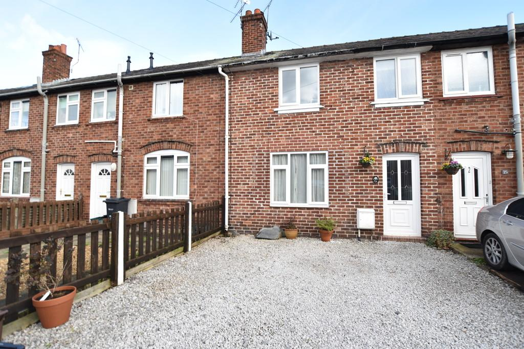 3 Bedrooms Terraced House for sale in Meadows Place, Handbridge