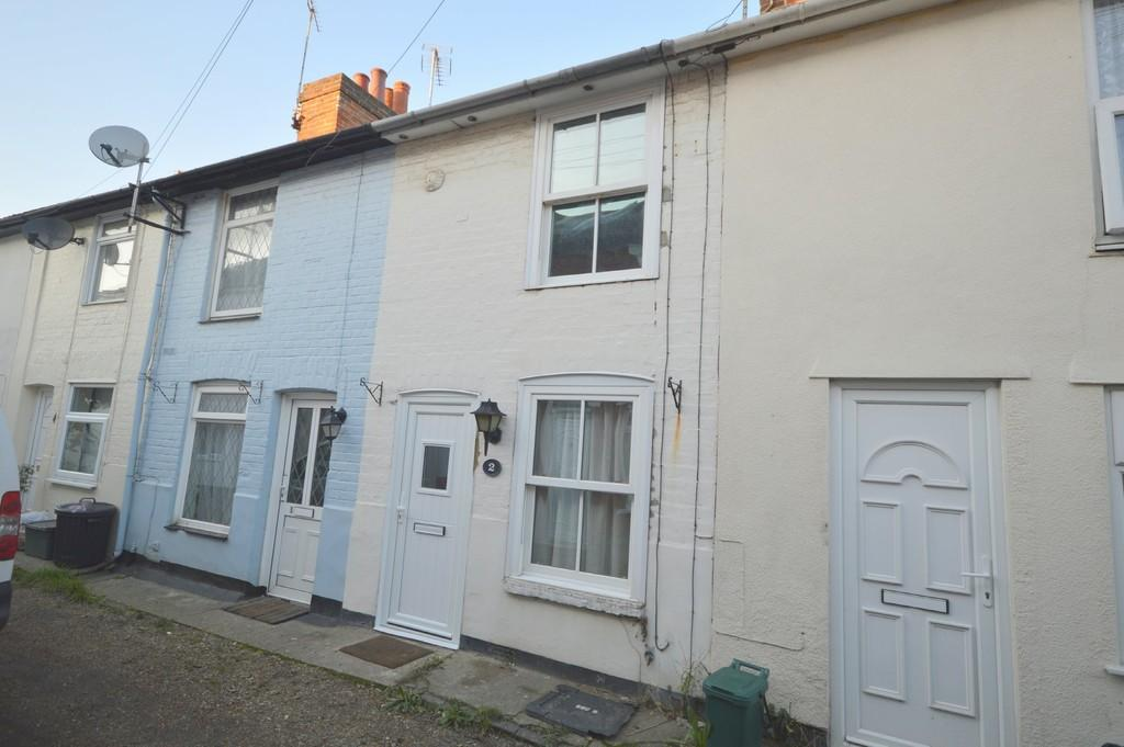 2 Bedrooms Terraced House for sale in Victoria Place, Colchester