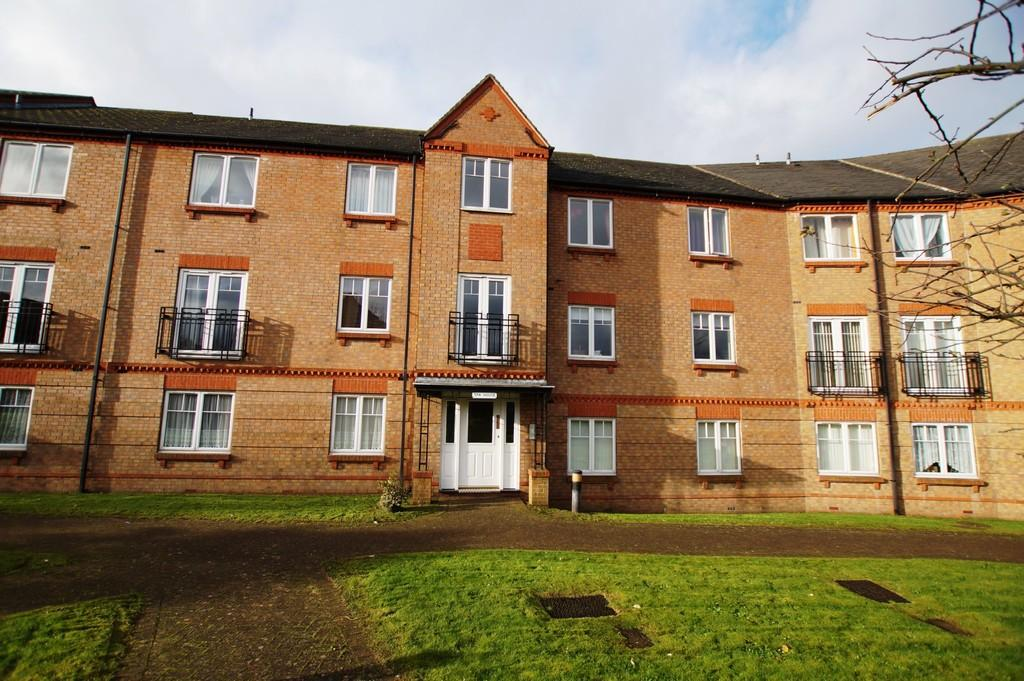 1 Bedroom Apartment Flat for sale in Wash Beck Close, Scarborough